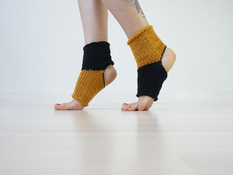 beneficios de los calcetines de yoga